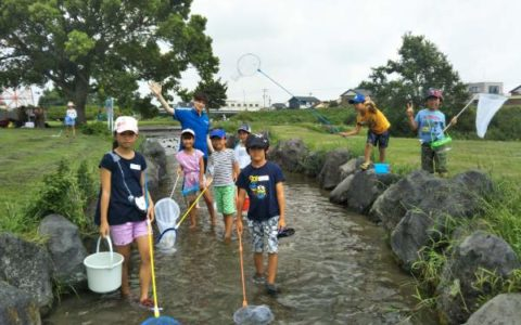 8-26 3 River Hunting